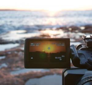動画マーケティングは行うべきか